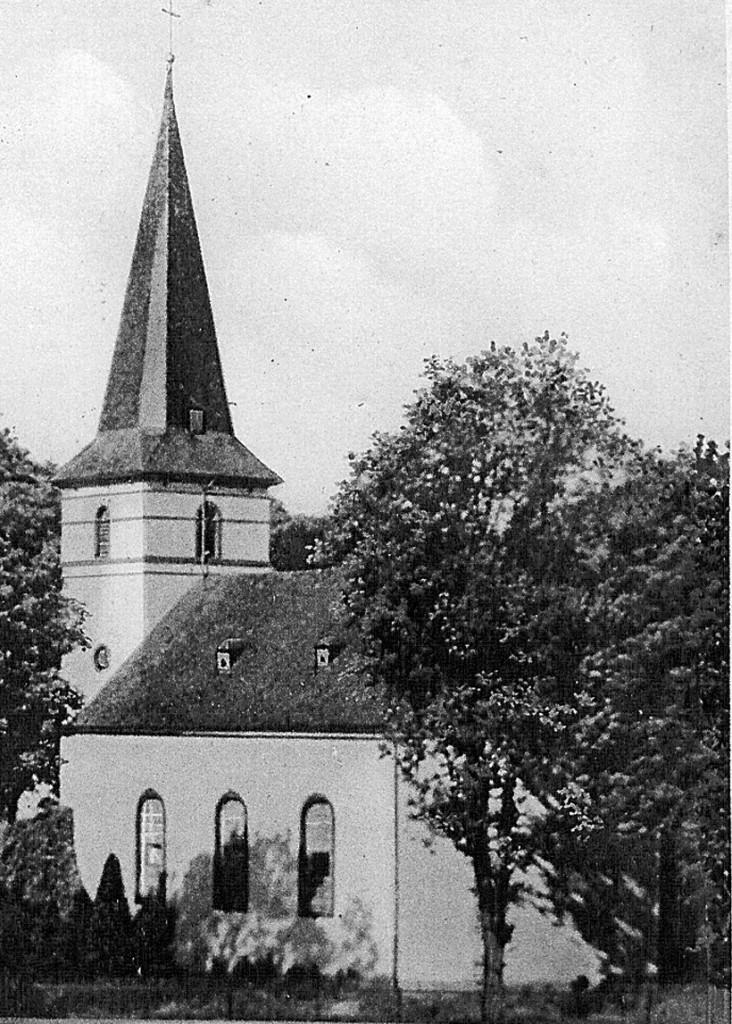 12 Evangelische Kirche